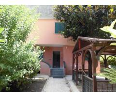 Villa a Schiera Capofila con ampio spazio esterno