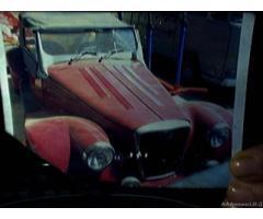 Auto d'epoca spartan car company, con 4 posti