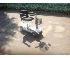 Scooter a batteria a 4 ruote - Emilia Romagna