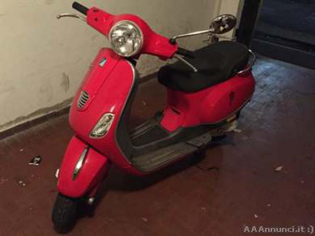Vespa Lx 50 2t - Genova