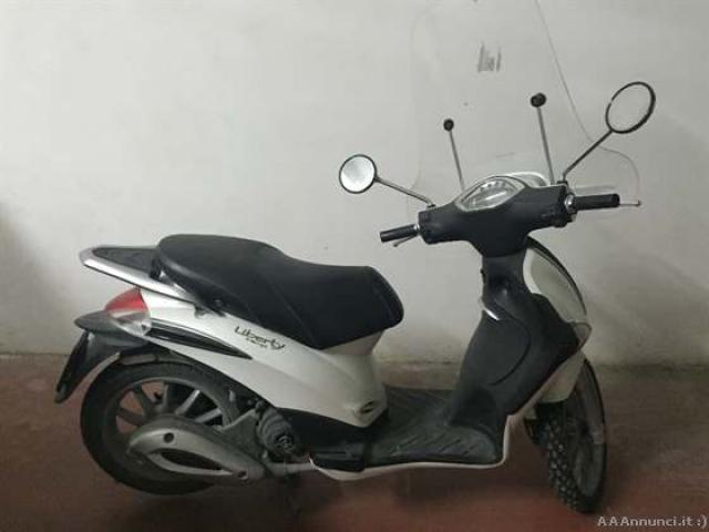 Ciclomotore Liberty 50 4T Piaggio - Sicilia
