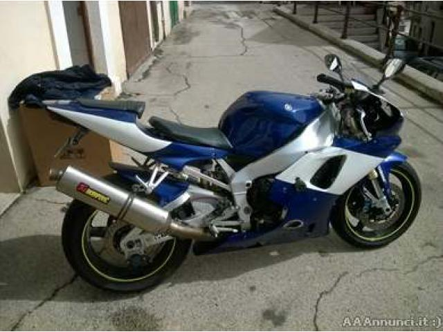 Yamaha R1 - Abruzzo