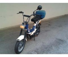 Scooter d'epoca. - Napoli