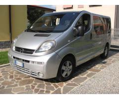 Van 8 posti Opel Vivaro - Monza