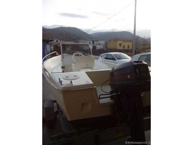 Barca lancia 5 mt. + motore