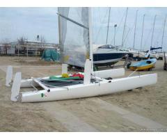 Catamarano bim2000