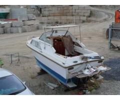 Barca cabinato 6.8 mt con motore 175 cv diesel e trasmission