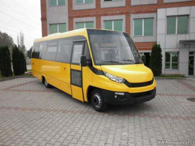 Scuolabus nuovo Indbus da 44 a 54 posti euro 6