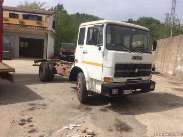 Camion iveco fiat 110 per ricambi