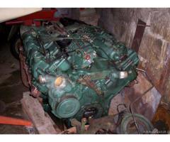 >Motore Mercedes 8V OM422 per uso ricambi