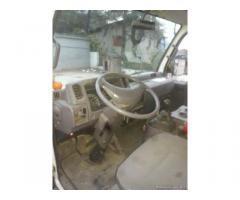 Nissan cabstar con gru bonfiglioli 3500