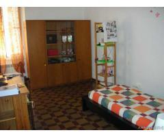 2 camere singole a studentesse vicino S.Martino