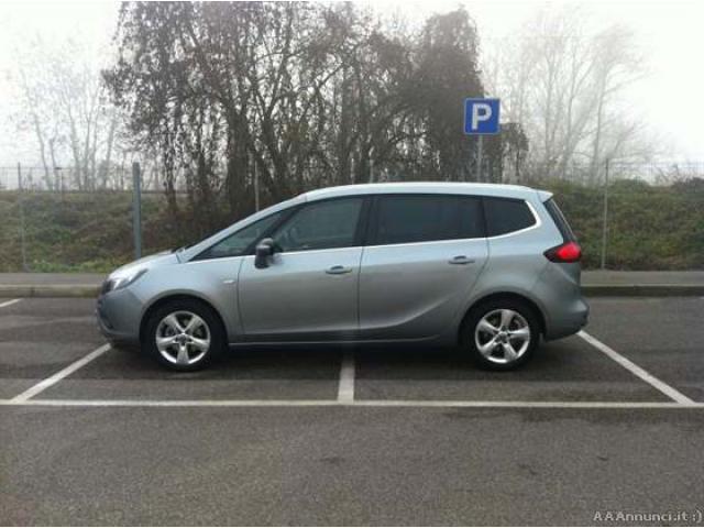 Opel Zafira Tourer 2.0 CDTi 130CV Cosmo