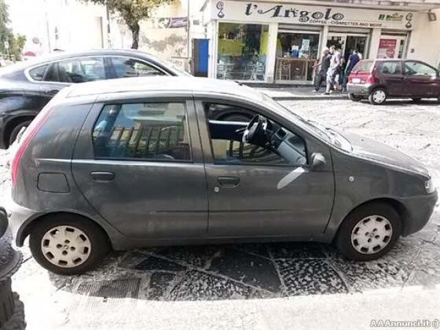 Fiat Punto Seconda Serie on fiat marea, fiat stilo, fiat ritmo, fiat linea, fiat 500l, fiat doblo, fiat cinquecento, fiat coupe, fiat spider, fiat panda, fiat barchetta, fiat bravo, fiat cars, fiat multipla, fiat 500 turbo, fiat x1/9, fiat 500 abarth, fiat seicento,