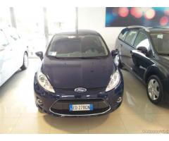 Ford Fiesta 1.4tdci titanium garanzia 5 anni ford