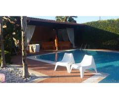 Casa vacanza con piscina a lecce
