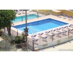 Camere e mini appartamenti - Agriturismo con piscine