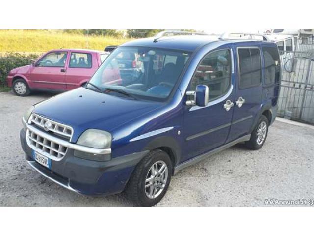 Fiat doblo 1.9 jtd autocarro 5 posti