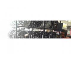 pneumatici delle ruote in lega da 14 pollici in vendita