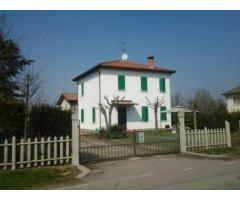 Vendita casa indipendente mq. 187 - Zona San Pietro Capofiume