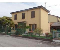 Vendita villa unifamiliare mq. 130 - Zona Marmorta
