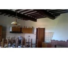 Colonica/casale in vendita a Cerreto Guidi 250 mq  Rif: 471092