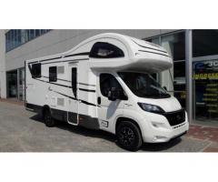 Camper caravan roulotte reggio emilia annunci for Case con annesso garage per camper