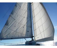 Barca a vela pronta alla boa. Pesca solo 90cm
