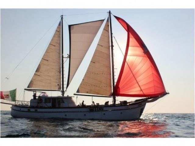 barca a vela ALTRO Motorsailer anno 1949 lunghezza mt 21