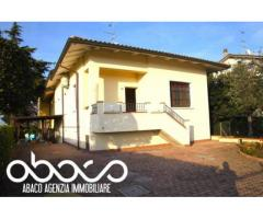 Sant'egidio: Vendita Villa in Via Boscone