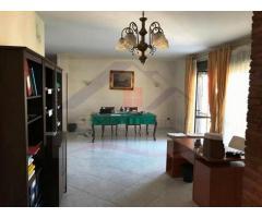 rifITI 049-SU26393 - Appartamento in Vendita a Giugliano in Campania di 110 mq