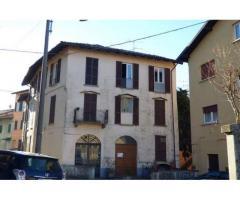 Appartamento con tre camere a Luino