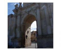 Porta-Rudiae (Lecce) fittasi singola, con balconcino, a stud