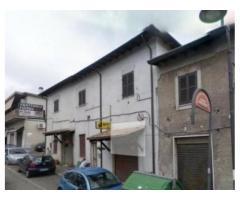 Quarantola: Vendita Capannone in Via Napoli, 170 Km 7,600