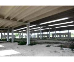 Capannone / Fondo in vendita a Reggio nell'Emilia, Gavassa