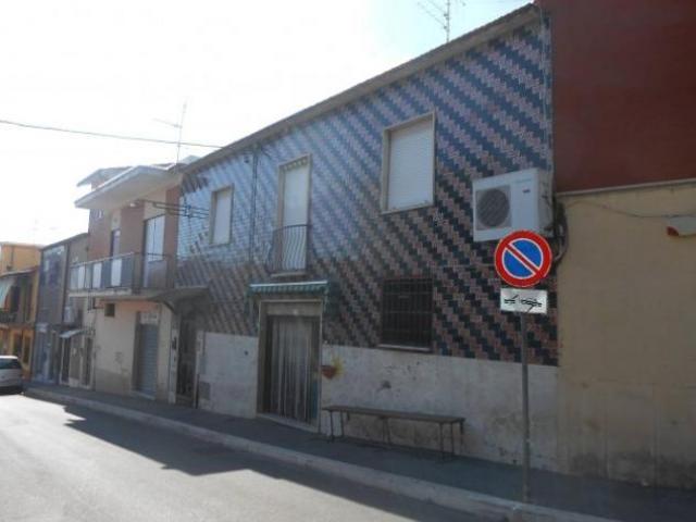 Vendita Magazzino in Via Sicilia