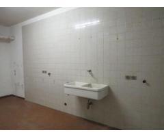deposito magazzino Via F.Dormisch 111-16