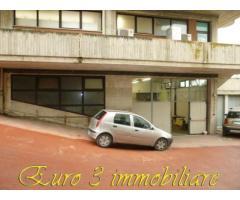 ASCOLI PICENO-LU BATTENTE-LOCALE ARTIGIANALE MQ.200