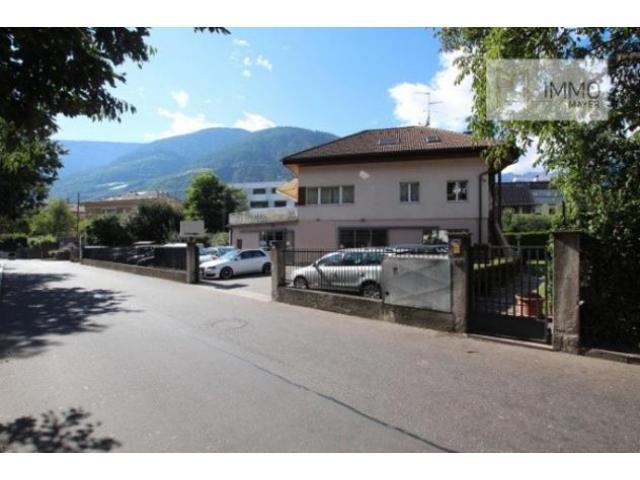 Affitto Capannone in Via Oswald-Von-Wolkenstein