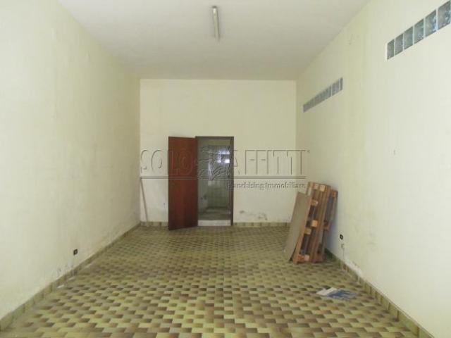 Magazzino in affitto a Catanzaro, Centro