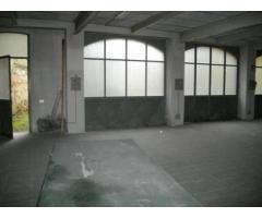 Affitto Magazzino in Largo Adua