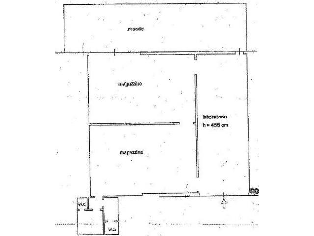 Calenzano ( zona San Morese ) capannone artigianale di mq. 240 con resede privato di mq. 90, altezza