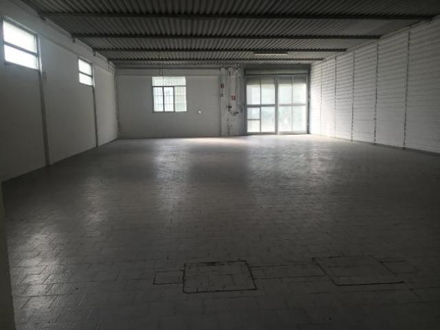 Capannone artigianale in affitto a Empoli 280 mq  Rif: 468940