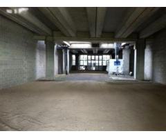 Scandicci ( zona Casellina ) capannone artigianale nuovo di 500 mq, con altezza 4,70 m, ufficio, due