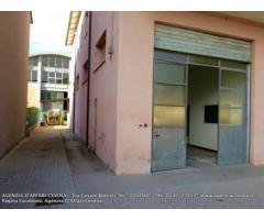 Centro città: Affitto Magazzino in Via Lepanto