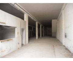 Affitto Magazzino in Via Sant Ippolito, s/n