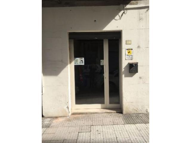 Affitto Magazzino in Via ghibellina, 201