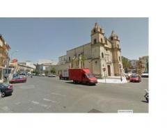Magazzino in affitto a Barcellona P. G.