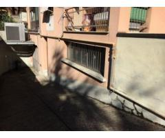 Affitto Magazzino in via monza 8