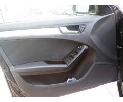 Audi A4 Avant 2.0TDI Advanced XENON NAVI PDC FATTURE TAGLI